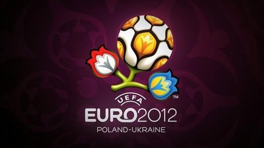 Кот учёный на футбольном чемпионате Евро-2012 об экономических проблемах капитализма и о символах.